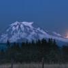 moonrise near kapowsin
