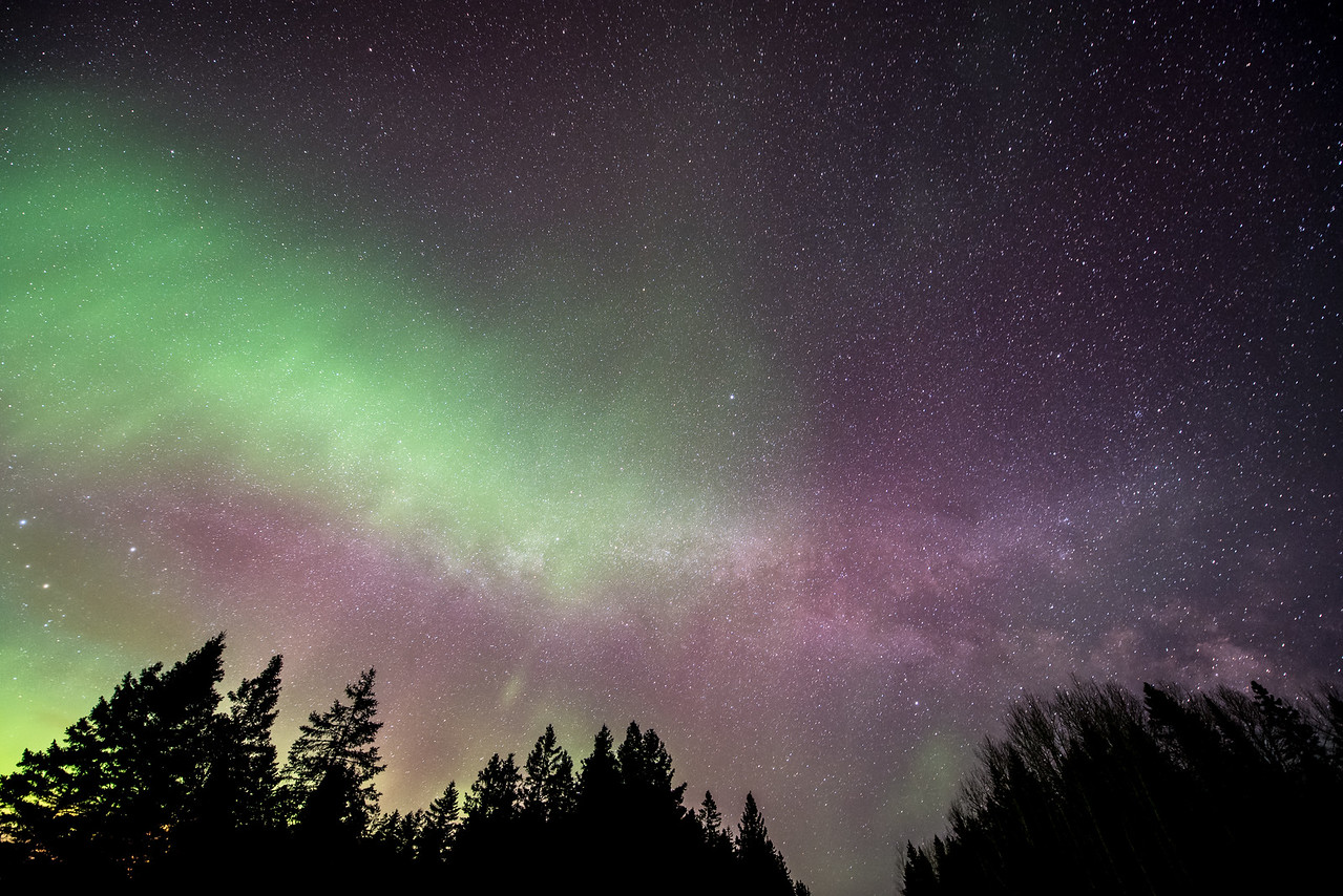 """AURORA 4107<br /> <br /> """"Convergence of Lights""""<br /> <br /> Northern Lights and the Milky Way on April 15, 2015"""