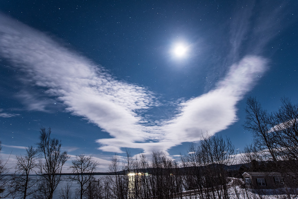 """Moonlight Eagle Cloud"""