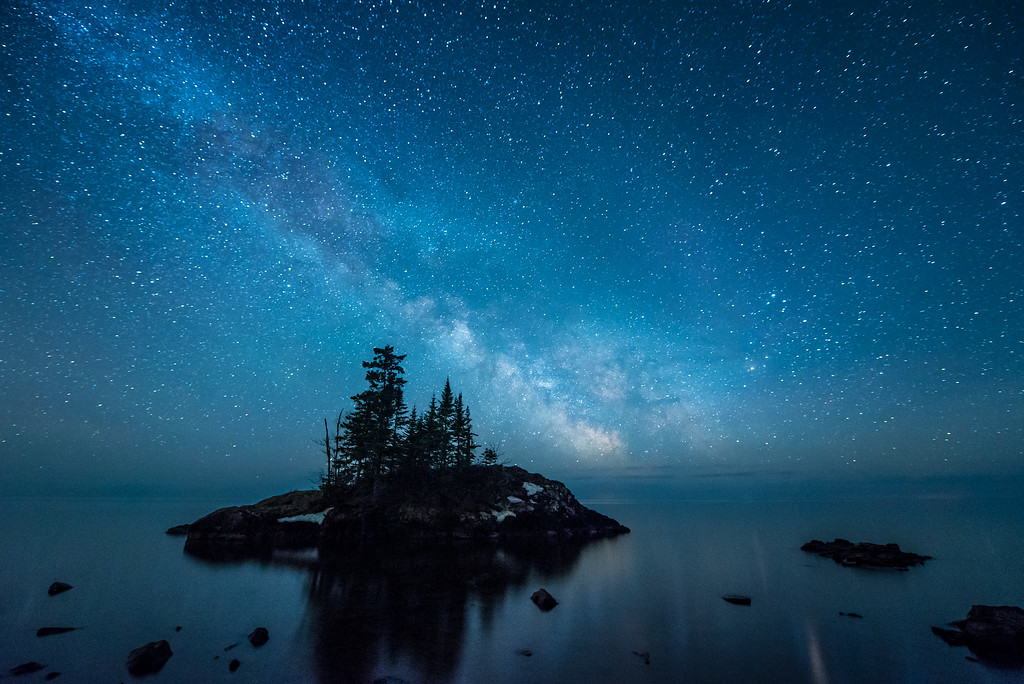 "MILKY WAY 4197<br /> <br /> ""Floating in a Blue Dream""<br /> <br /> Lake Superior shoreline near Hovland, MN"