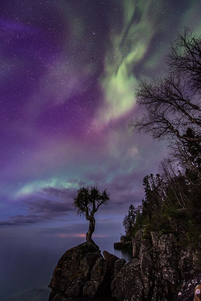 """AURORA 7858<br /> <br /> """"Mother's Day Delight""""<br /> <br /> Northern Lights on Mother's Day - May 8, 2016"""