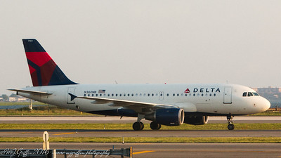 Delta Boeing 737-900 leaving JFK airport.