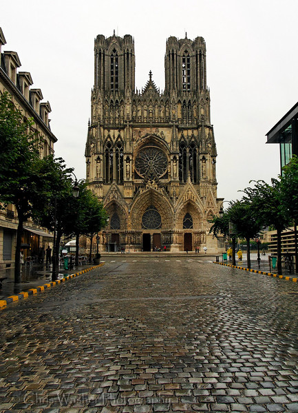 Reims is well known for its cathedral, Notre-Dame de Reims, where the kings of France used to be crowned.