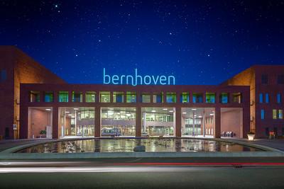 Ziekenhuis Bernhoven Uden | Foto Architectuur Gebouw Vooraanzicht Fine Art Impressie Architectural Photography Hospital