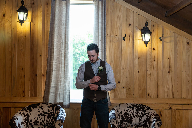 Daria_Ratliff_Photography_Kara_Jacob_Wedding_Prep-78