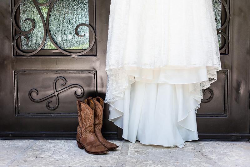 Daria_Ratliff_Photography_Kara_Jacob_Wedding_Prep-5