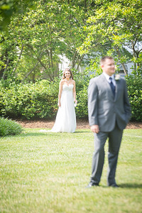 Brittany & Ben's wedding day at the Griffin Gate Marriott in Lexington, KY 6.6.15.  © 2015 Love & Lenses Photography/ Becky Flanery   www.loveandlenses.photography