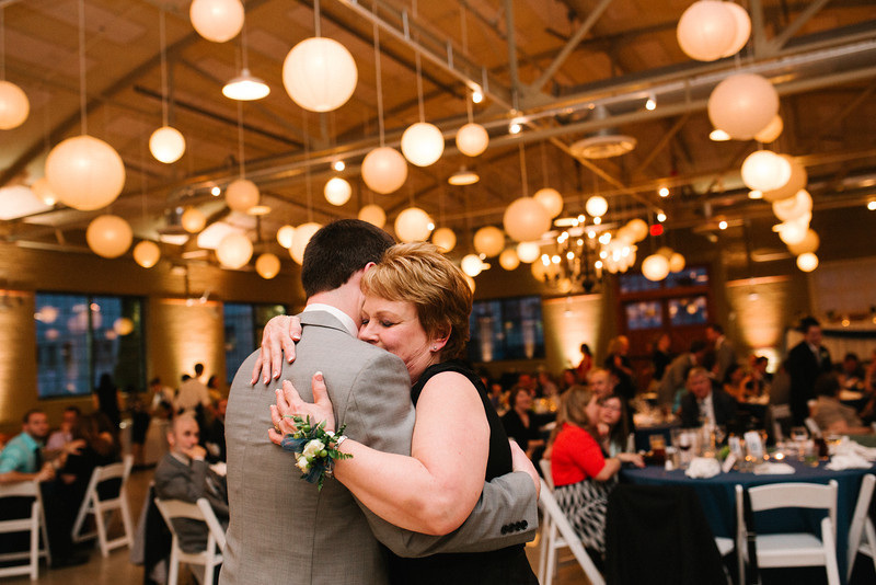 Wedding Reception photography at Prairie Street Brewhouse in Rockford, IL.  Wedding photographer – Ryan Davis Photography – Rockford, Illinois.