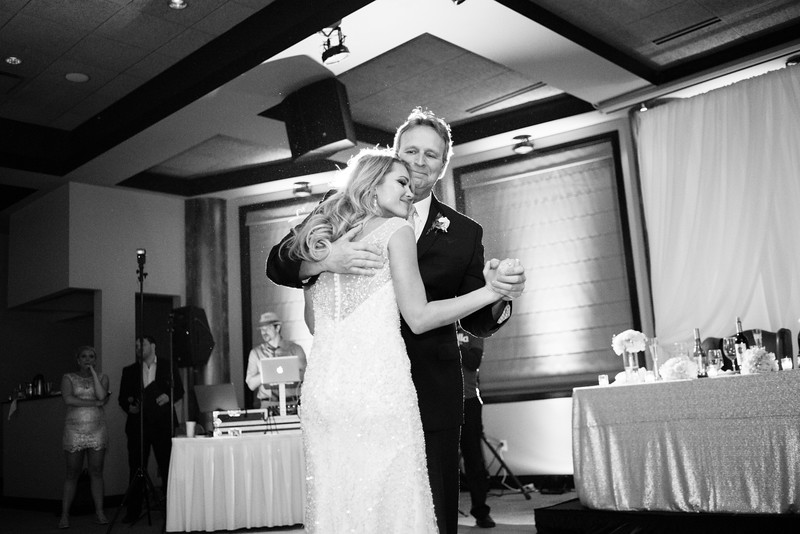 Jacey & Cody's wedding reception at the Pavilion at Franchesco's. Wedding photographer– Ryan Davis Photography – Rockford, Illinois.