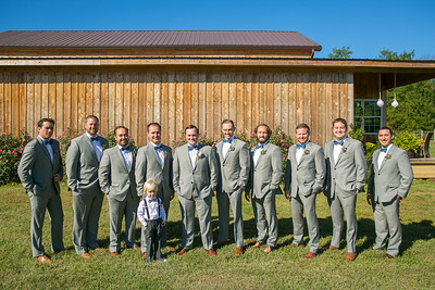 Lindsey & Andrew's wedding day at St. Michael's Catholic Church & Private Barn in Louisville, KY  10.8.16.  © 2016 Love & Lenses Photography/ Becky Flanery   www.loveandlenses.photography