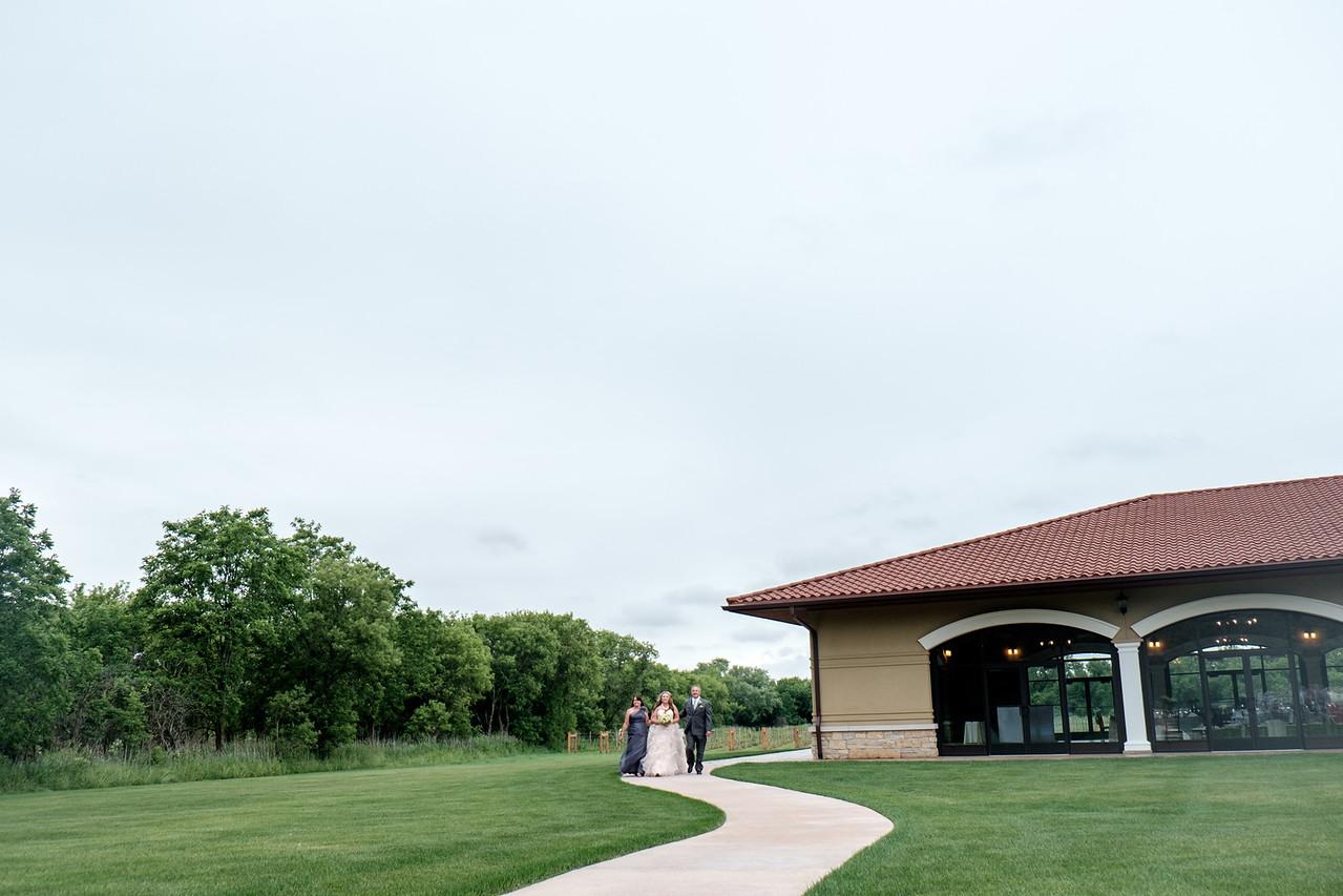 Dry Creek Vineyard Outdoor Winery Wedding