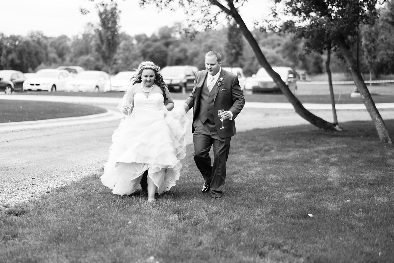 Dry Creek Vineyard & Winery Wedding Portraits