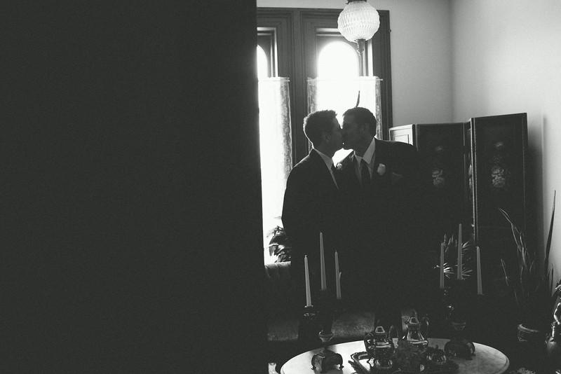 Wedding reception at Briggs Mansion Rockford, IL – Ryan Davis Photography – Rockford, Illinois.