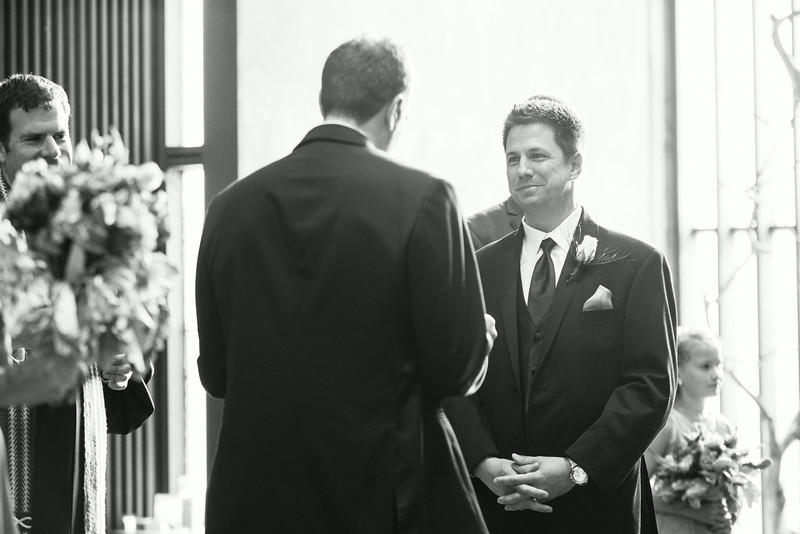 Same-sex wedding ceremony at Unitarian Universalist Church in Rockford. Wedding photographer – Ryan Davis Photography – Rockford, Illinois.