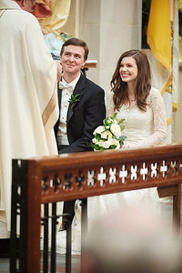 Emily and Ben Wedding Ceremony at The Holly Rosary Church | Daria Ratliff Wedding Photography of Katy, TX