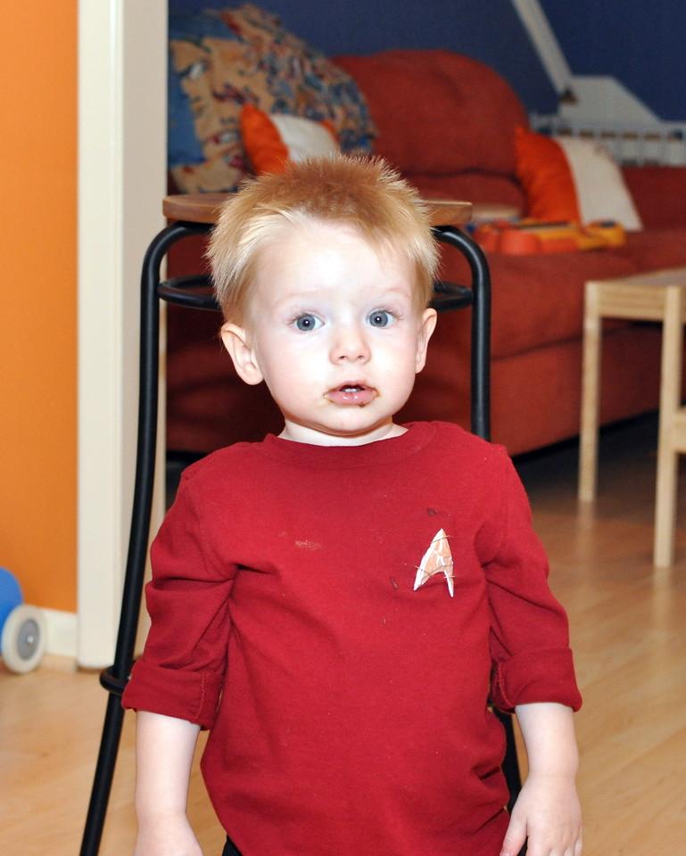 Halloween 2011, a red shirt!