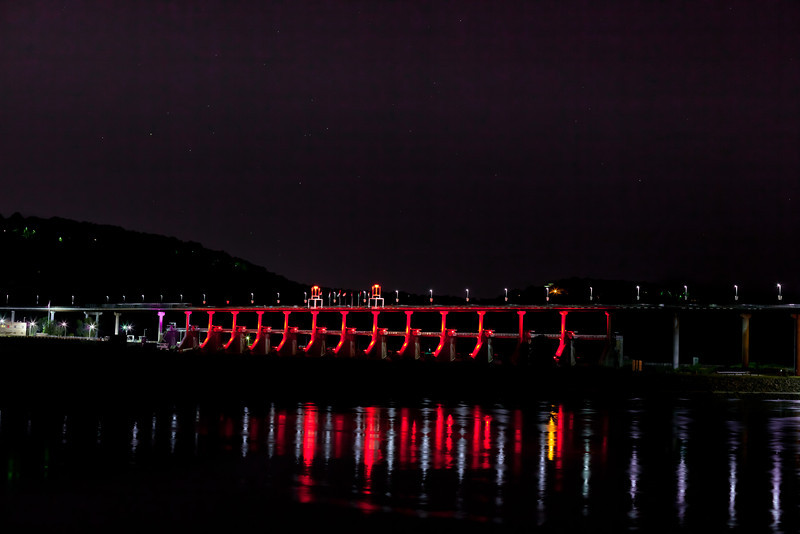 Stars over Big Dam Bridge