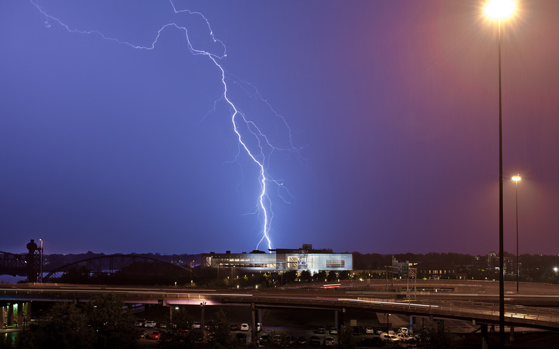 Lightning strike behind the Clinton Library