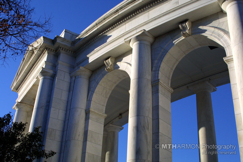 Amphitheatre at the Tomb of the Unknowns - Arlington National Cemetery.  (Arlington, BA)