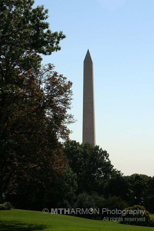 Washington Monument from the South Lawn of the White House (Washington, DC)