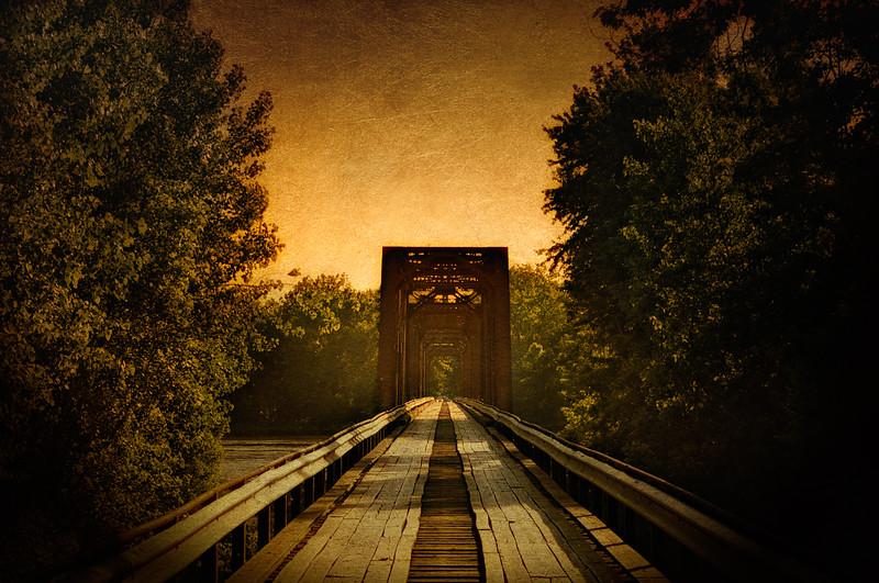 Wabash Cannonball Bridge {Purple Head Bridge}