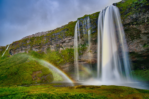 Seljalandsfoss and other falls to the west