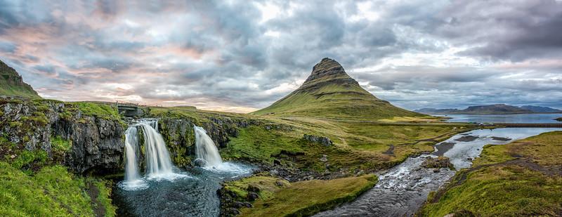 Kirkjufellsfoss (waterfall)