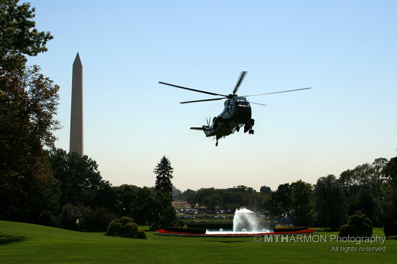 Marine One landing on the South Lawn of the White House (Washington, DC)