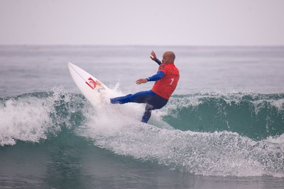 Kelly slater at Lowers