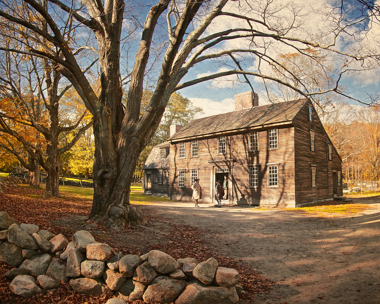 Battlefields of the American Revolution: Autumn at Hartwell Tavern c. 1732-1733. Battle Road, Minute Man National Park, Lexington and Concord, Middlesex County, Massachusetts