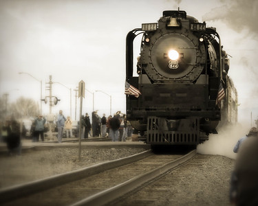 UP844 pulls away from the Shoshone ID Train Depot.