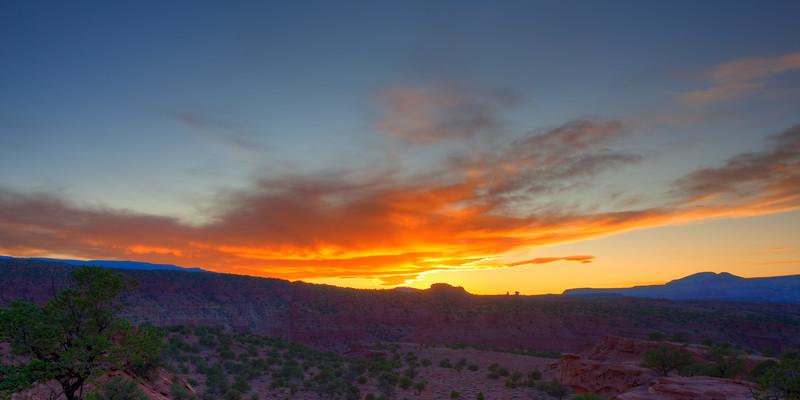 Panorama Point, UT Sunset 7:03 PM