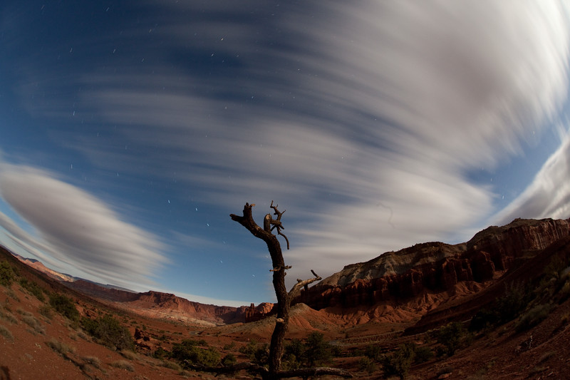 Trailing Clouds UT 4.5 minute exposure 8:34 PM