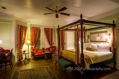 Coombs Inn & Suites - Mr. Coombs Room