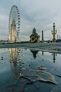 Reflection of the Big Wheel in Paris.