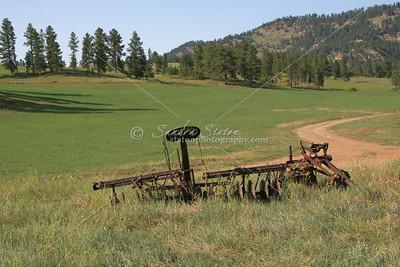 Old Farm Equipment_SS9281