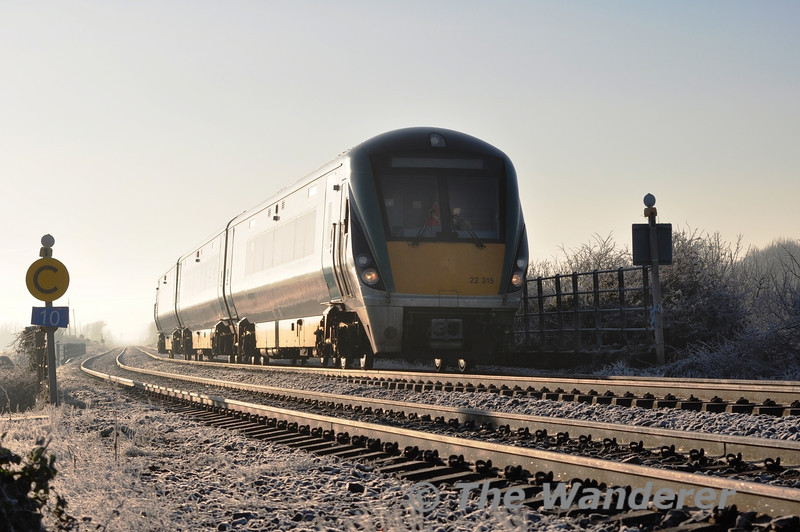 22015 operated from Docklands to Drogheda DMU Depot to test equipment for the forthcoming introduction of the 22000 fleet to Drogheda. The ICR is pictured at Laytown on its way north. Thurs 20.01.11