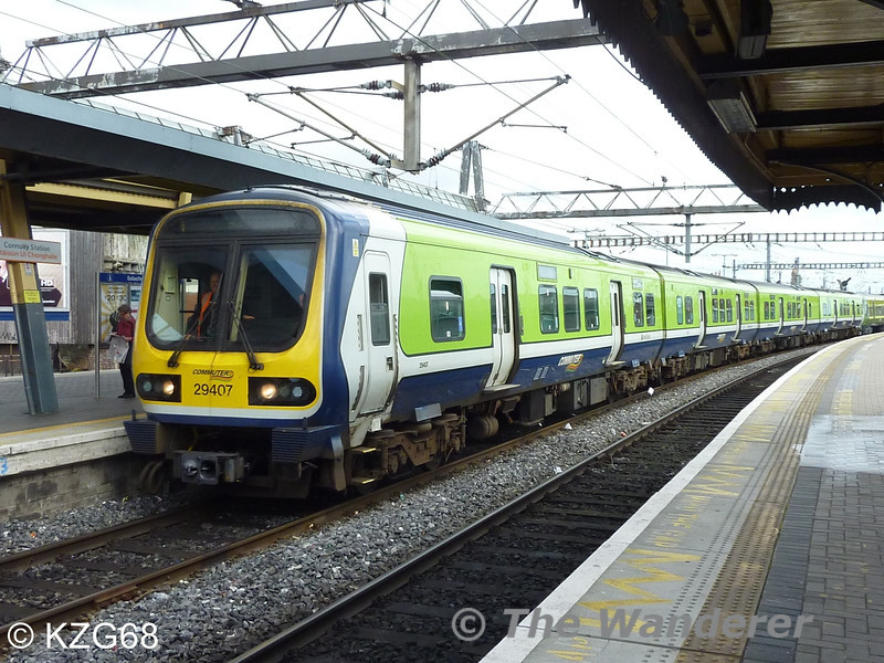29007 hauls stored 8200 class EMU's 8401 + 8201 + 8405 + 8203 through Connolly with the 1148 Fairview Depot - Inchicore Works. The train operated via Pearse Station for 29007 to run around the EMU's. Tues 18.09.12. Courtesy of KZG68