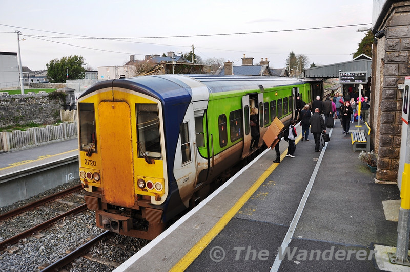 2720 + 2721 stand at Athenry with the 1707 Athlone - Galway. Fri 02.03.12