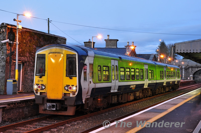 2711 + 2712 about to depart Athenry with the 1730 Galway - Limerick Western Rail Corridor service. Sat 11.02.12