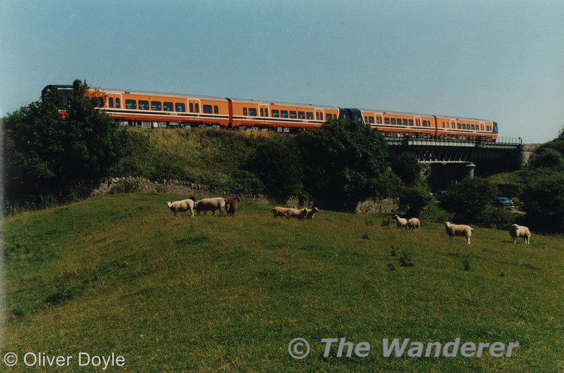 2701 + 2702+ 2704 + 2703 pose at Gormanston Viaduct with a photographic special run from Dundalk shortly after their introduction to service in 1998. Photo courtesy of Oliver Doyle.