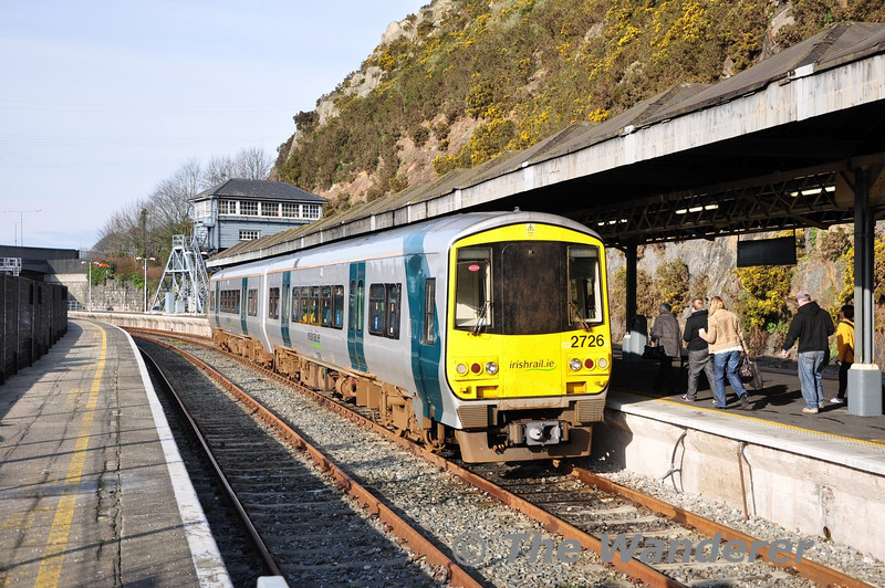 Passengers board 2723 + 2726 at Waterford which was working the 1140 Regional service to Limerick Jct. Fri 03.02.12