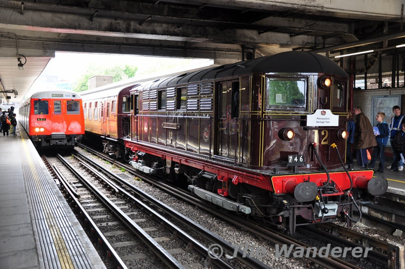 5124 and 12 at Harrow on the Hill. Sun 16.05.10