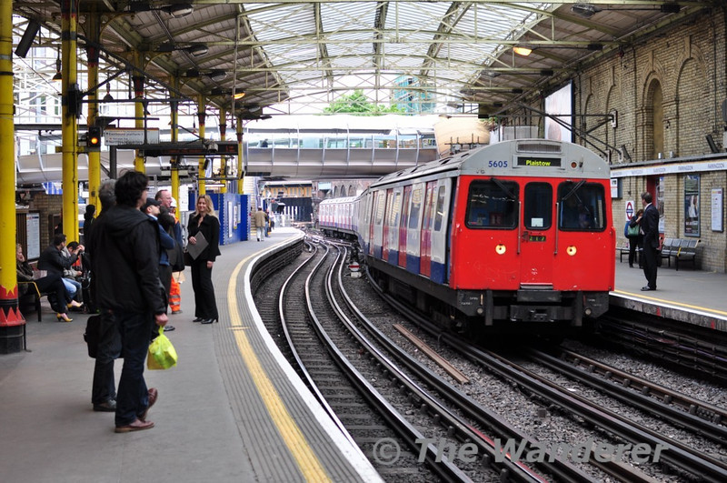 C Stock 5605 with a Hammersmith and City line service to Plaistow. Fri 14.05.10