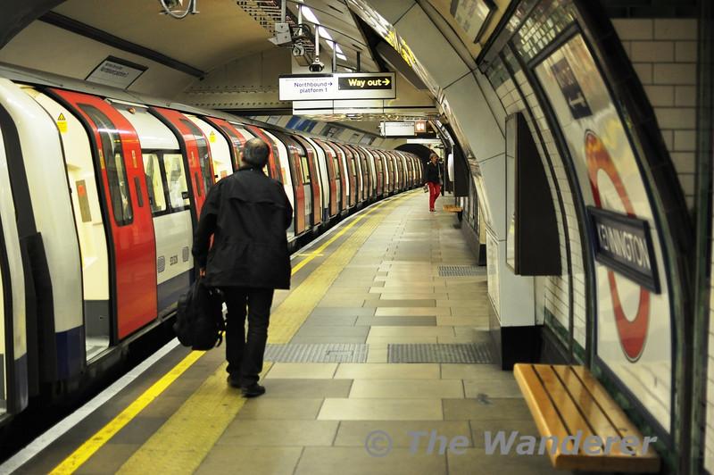 Kennington Station on London Underground's Northern Line. Sun 15.05.11