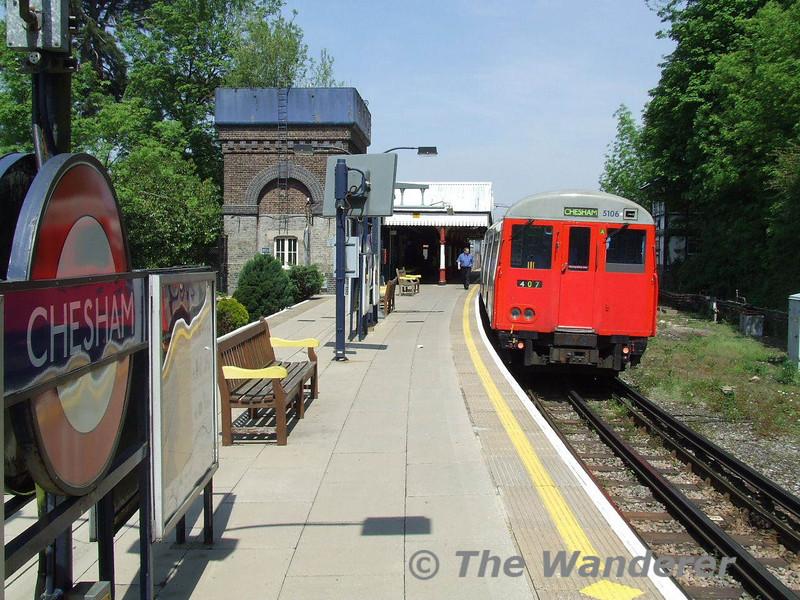 Chesham Station. Mon 12.05.08