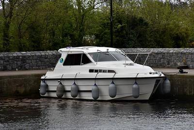 Waveline Boat at Castle Harbour. Tues 24.04.18