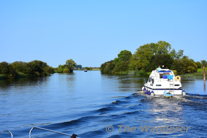 Leaving Banagher as we set out to Athlone. Sat 28.08.21