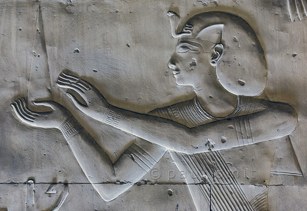 [Egypt 29955] 'Seti in Nefertem-Ptah-Sokar Hall at Abydos'.
