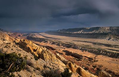 Colorado Plateau: Alien Landscapes of Capitol Reef